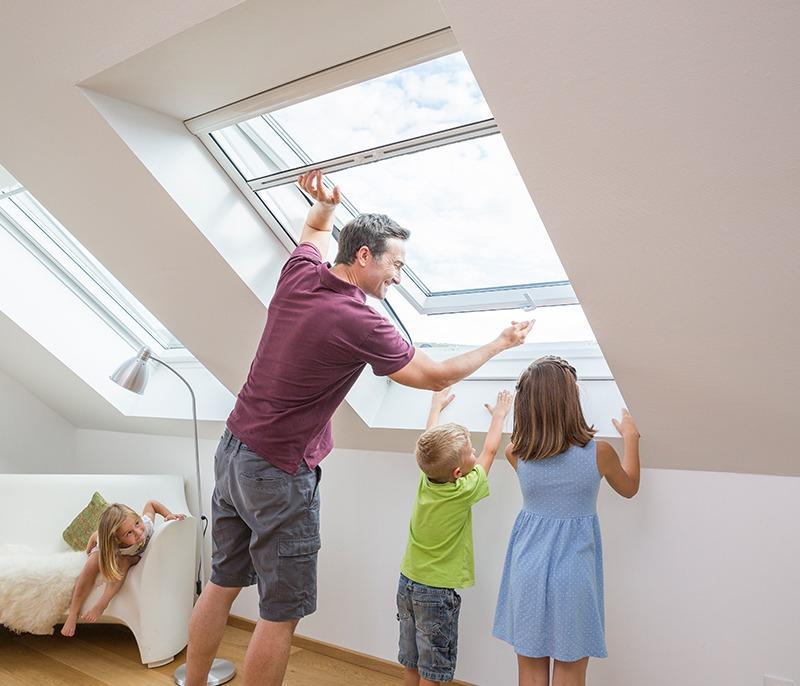 insektenschutz f r dachfenster velux und roto rutschmann ag. Black Bedroom Furniture Sets. Home Design Ideas
